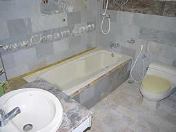 Marble bathrooms in Cha-Am Villa