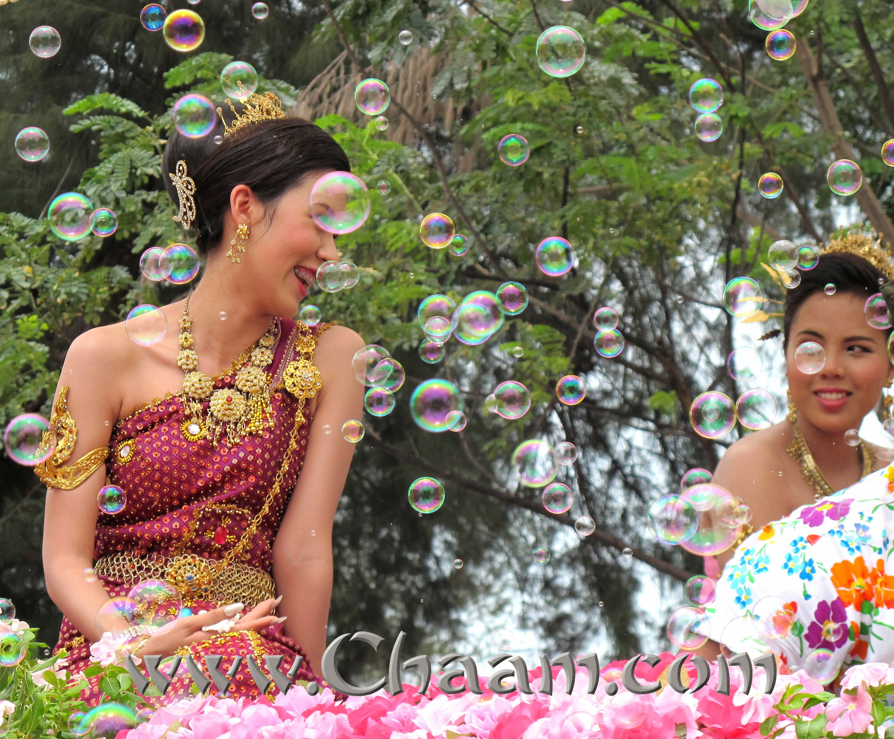 Thai Lady and bubbles