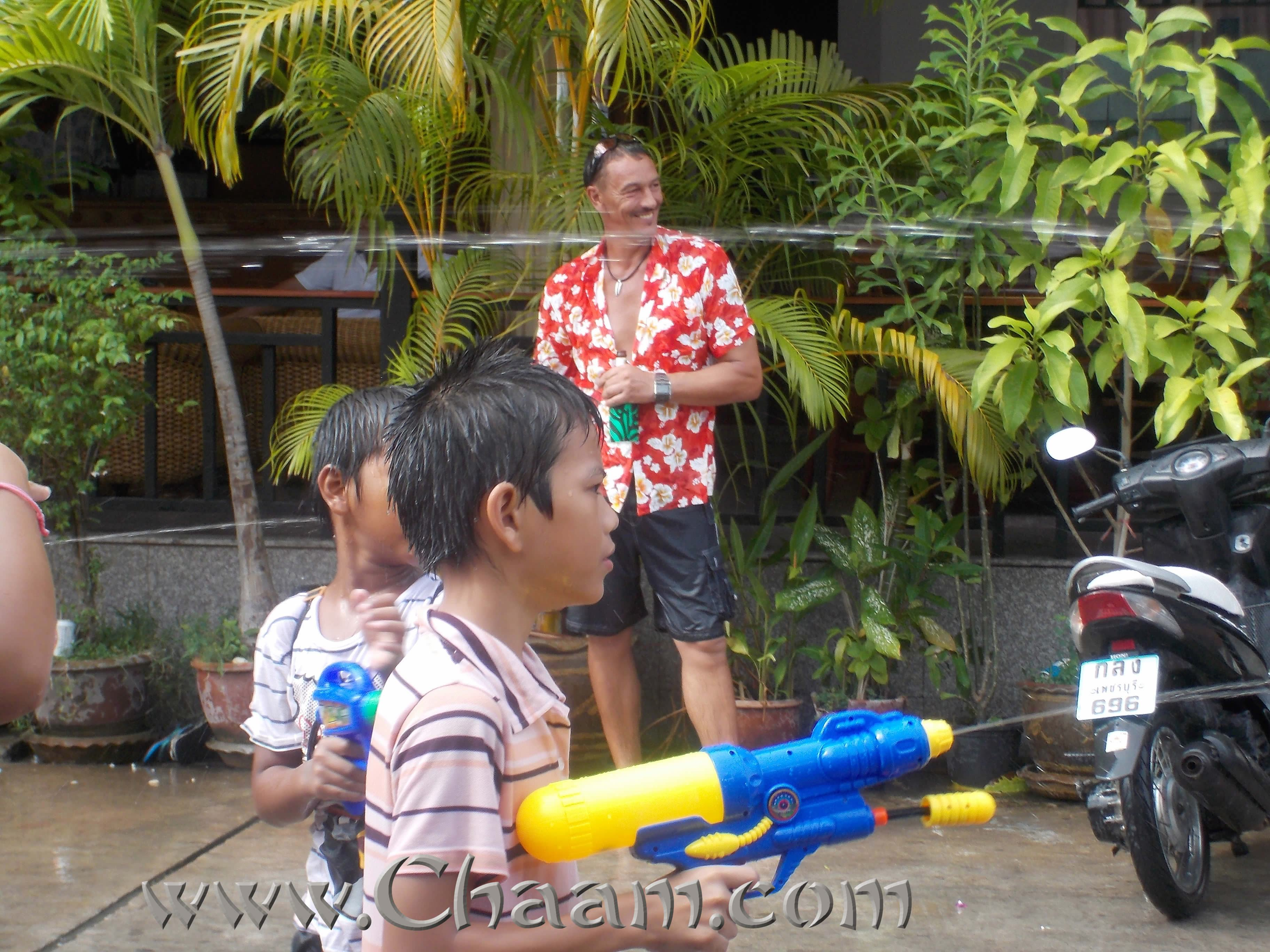 Water gun action in Cha-Am