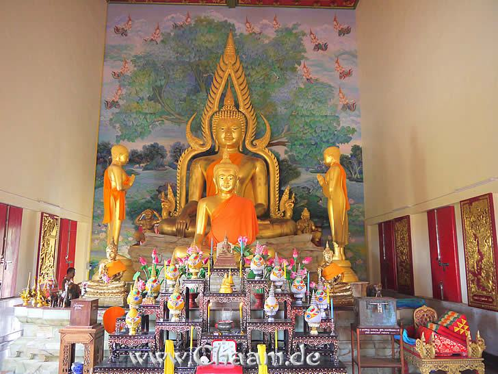 The inside of of the Buddhist temple Wat Luang in Thailand Tanot